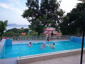 100мм қалыңдығы 150мм қалыңдығы Үлкен бассейндер үшін акрилді шыны шыныдан жасалған люкс бассейн
