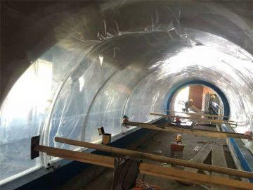 Үлкен аквариум пластмассадан жасалған акрилді тоннельді жоба